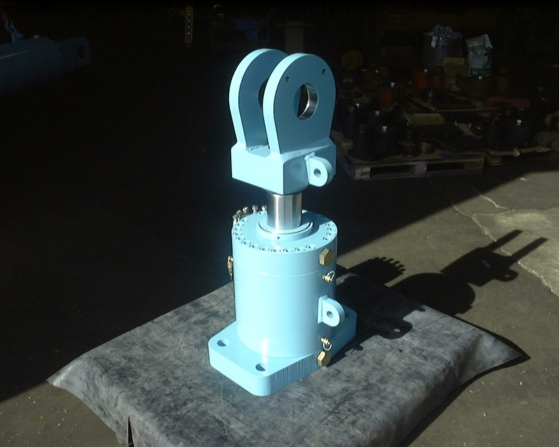 Bespoke Hydraulic Cylinders